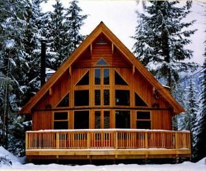 Homes with prow front on pinterest log homes lindal for Prow style house plans